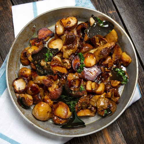 Po l e de c pes frais l 39 chalote ou l 39 ail et au persil - Cuisiner champignons de paris frais a la poele ...